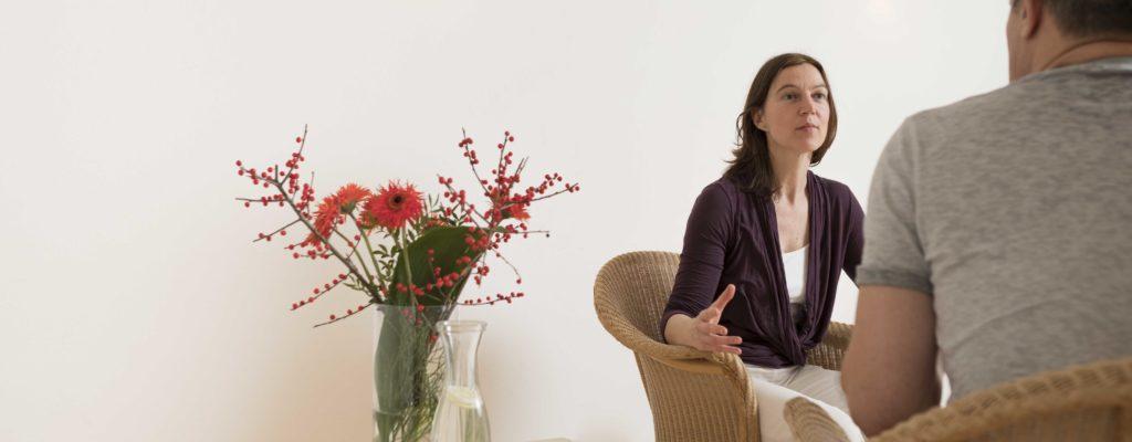 Körperübungen und Erforschen des eigenen Lebens ... Heilpraktikerin Ilke Haasper unterstützt Sie in Ihren Gesundheitsprozessen.